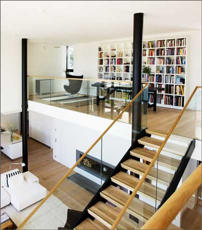 contoh desain mezzanine rumah minimalis modern