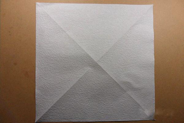 Ангел из бумаги в технике оригами (2)