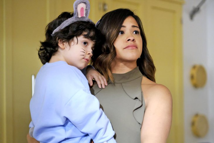 Jane y Mateo en 'Jane The Virgin'
