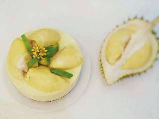mousse-sau-rieng-durian-mousse-cake-1