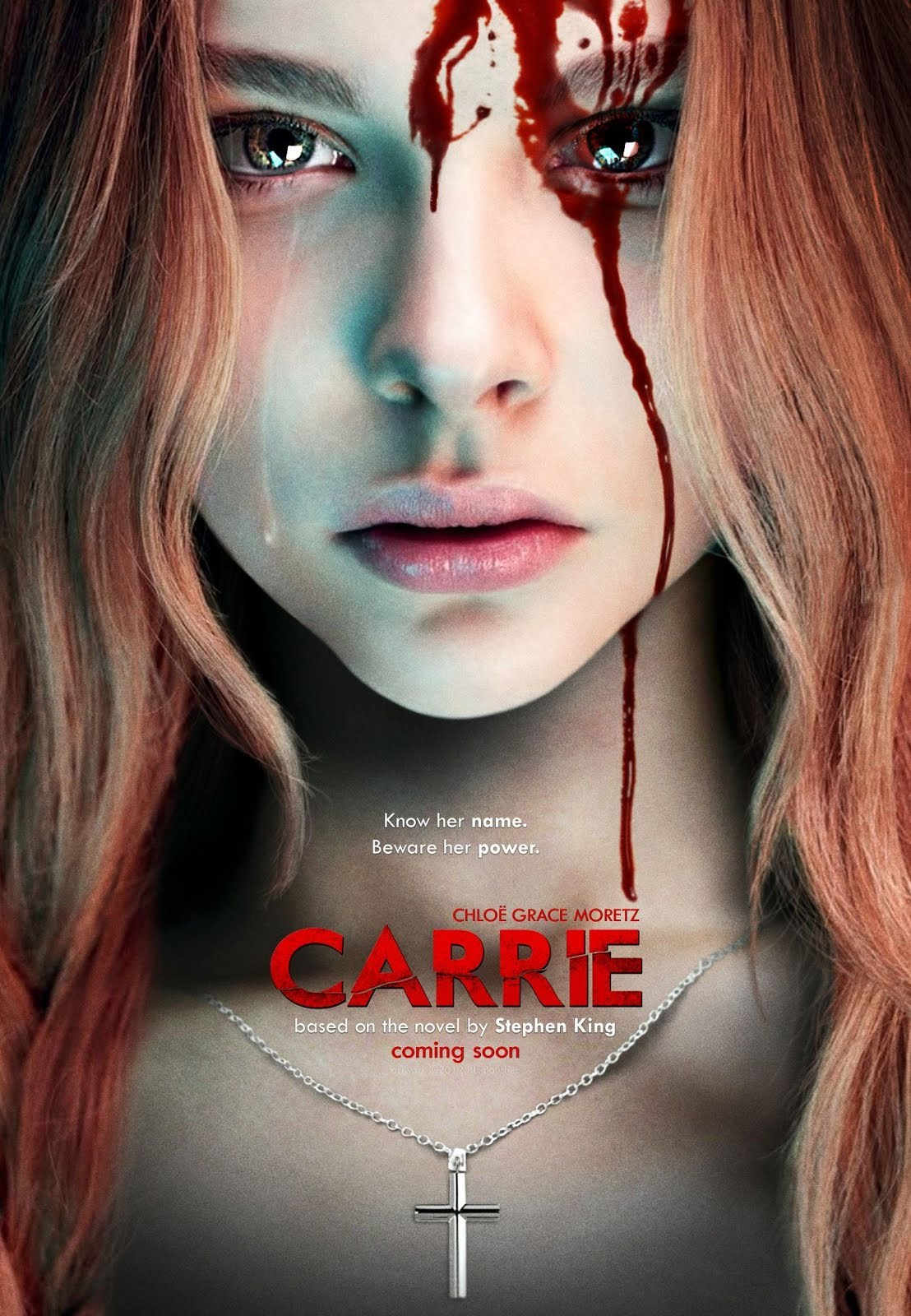 Carrie 2013 Dual Audio Hindi 300MB BluRay 480p x264 ESubs