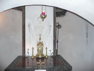 Страдч. Пещерный монастырь XI-XIII веков. Часовня Божией Матери Нерушимая Стена