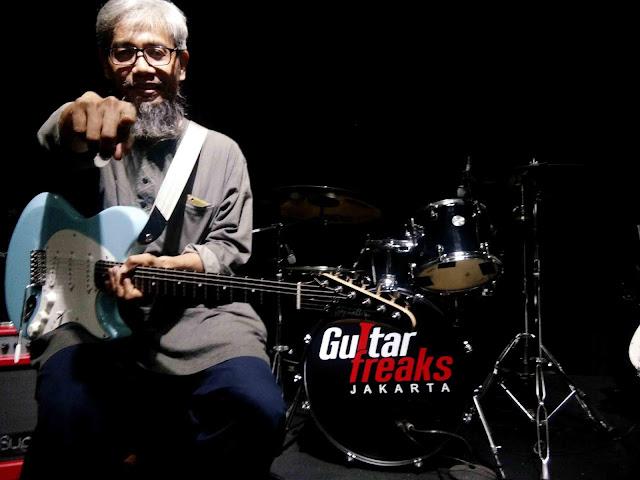Stephallen Gitar, Menggelar Gathering Dengan Gitaris Ternama Edi Kemput