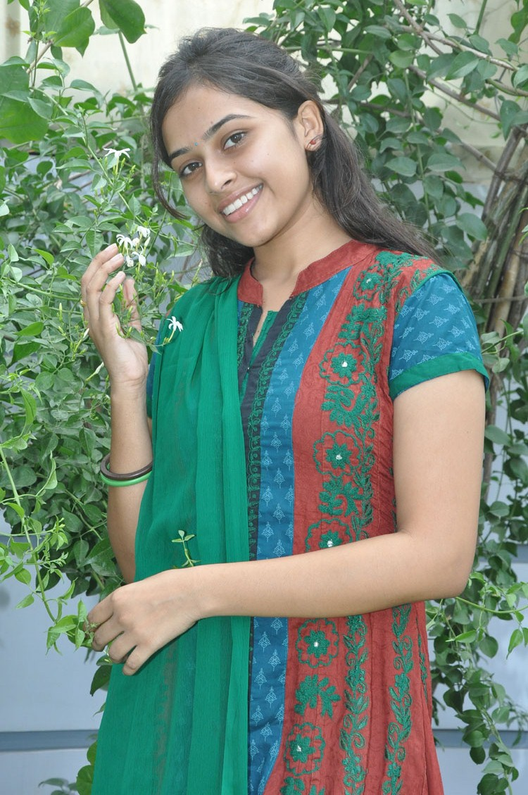 Telugu Girls Boobs Pics