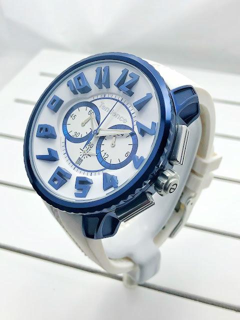 斬新なデザイン性で注目を集めるスイスの腕時計ブランド「Tendence(テンデンス)」   ウォッチ 腕時計 テンデンス TENDENCE  ラグジュアリー プレゼント 人気 ブランド ファッション誌 キングドーム ファッション おしゃれ 可愛い クレイジー カラフル De'Color ディカラー Gulliver Round ガリバーラウンド ALUTECH Gulliver アルテックガリバー FLASH フラッシュ 新作 雑誌掲載 機械式 オートマチック オートマ 自動巻き SPORT スポーツ 日本限定 レインボー ネイビー ホワイト TY146001