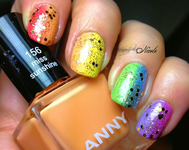 rainpow nails regenbogen reloaded mit glitzer. Black Bedroom Furniture Sets. Home Design Ideas
