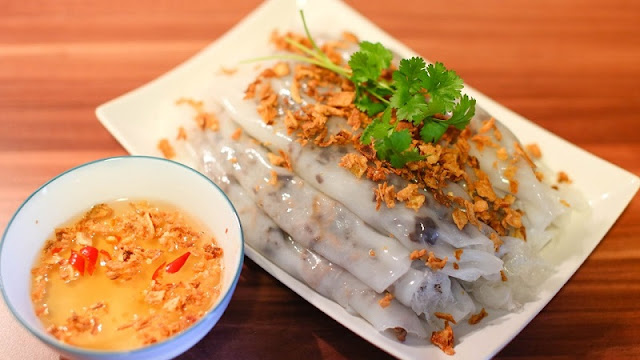 Vietnamese Steamed Rice Rolls - Dishes For A Perfect Breakfast