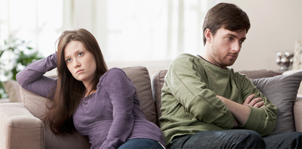 Kötü İlişkinin İşaretleri - Yalnız Hissetmek