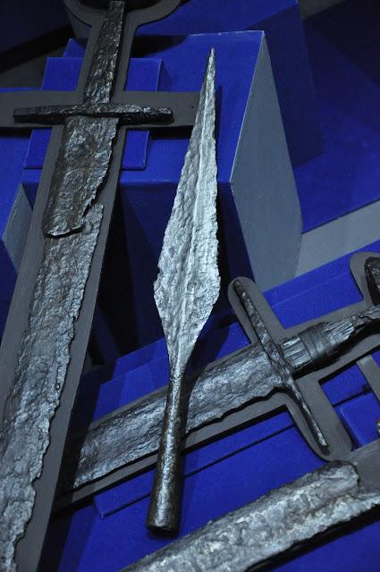 MPP na Lednicy - grot włóczni oraz miecze