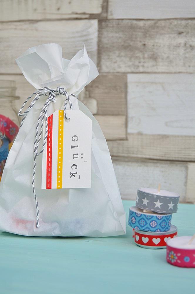 Teelichter-mit-Gluecksbotschaft-basteln-Geschenkverpackung-DIY