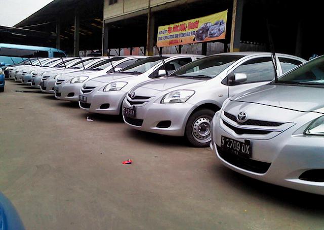 """Tips Membeli Mobil Sedan Bekas ''Ex"""" Taksi"""