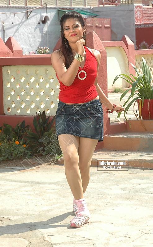 Exquisite SAIRA BHANU
