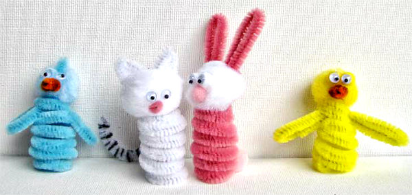 & 20 Pipe Cleaner Crafts | Crafting in the Rain