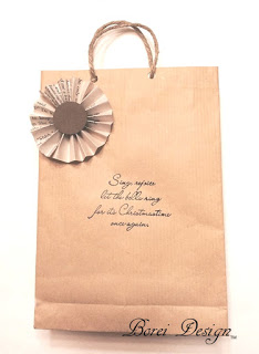 One Year of Craft Tutorials How to make or diy your own gift bags