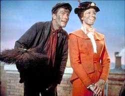 Mary Poppins sur le toit avec son ramoneur