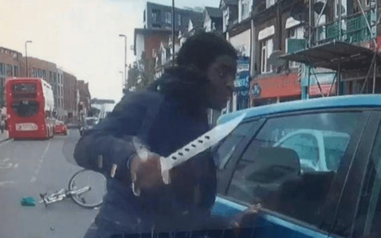 Βίντεο: Δεν είναι ταινία με ζόμπι. Είναι το Λονδίνο μετά από 40 χρόνια τριτοκοσμικής μετανάστευσης