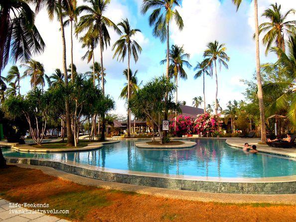 Swimming pool at Dos Palmas Island Resort and Spa