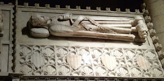 Tumba de Jaume I en el Monasterio de Poblet.
