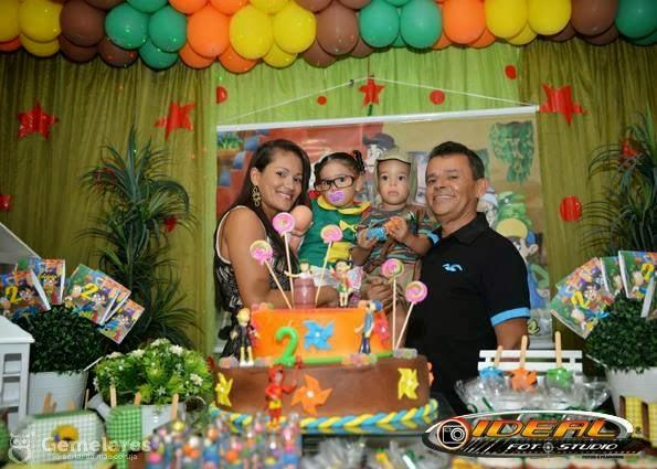 Festa de aniversário chaves e chiquinha para gêmeos