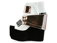 The Pretty Pink Arsenal: These Boots Are Made For Rockin'...