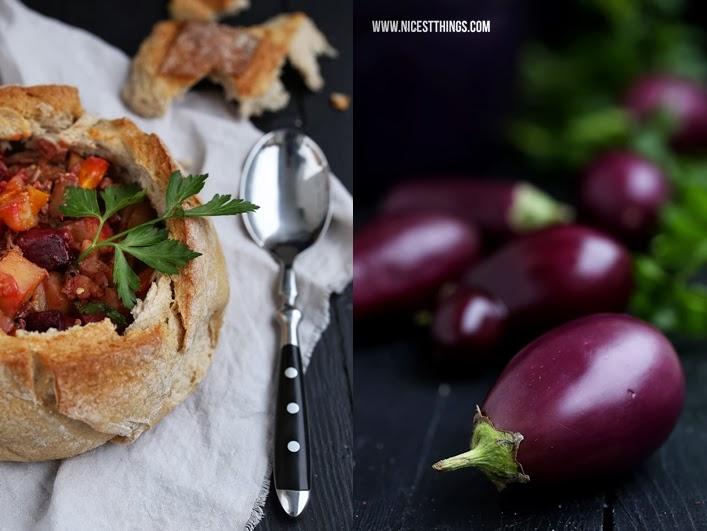 Eintopf im Brot Gemüseeintopf mit Auberginen