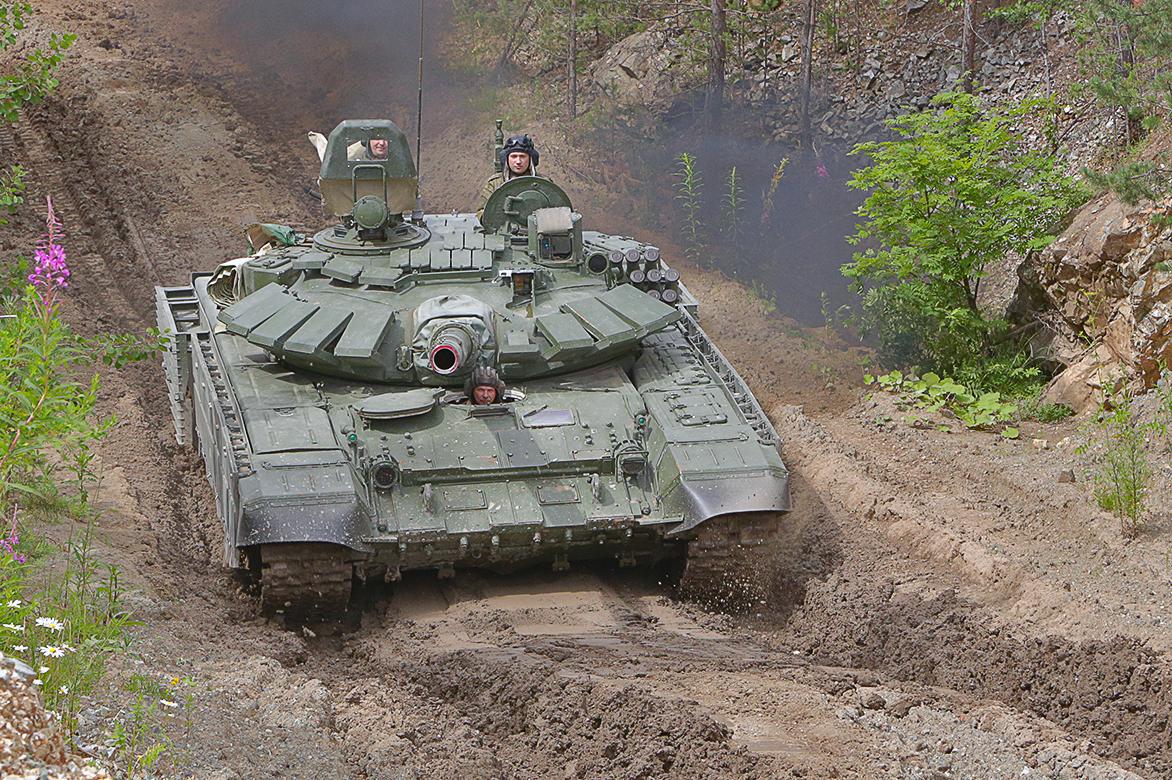 """Rússia cria uma divisão de infantaria mecanizada apelidada """"monstro de aço"""""""