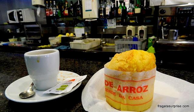 Bolo de arroz, doce típico de Portugal
