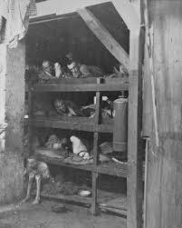 Gevangenen in Buchenwald na de bevrijding