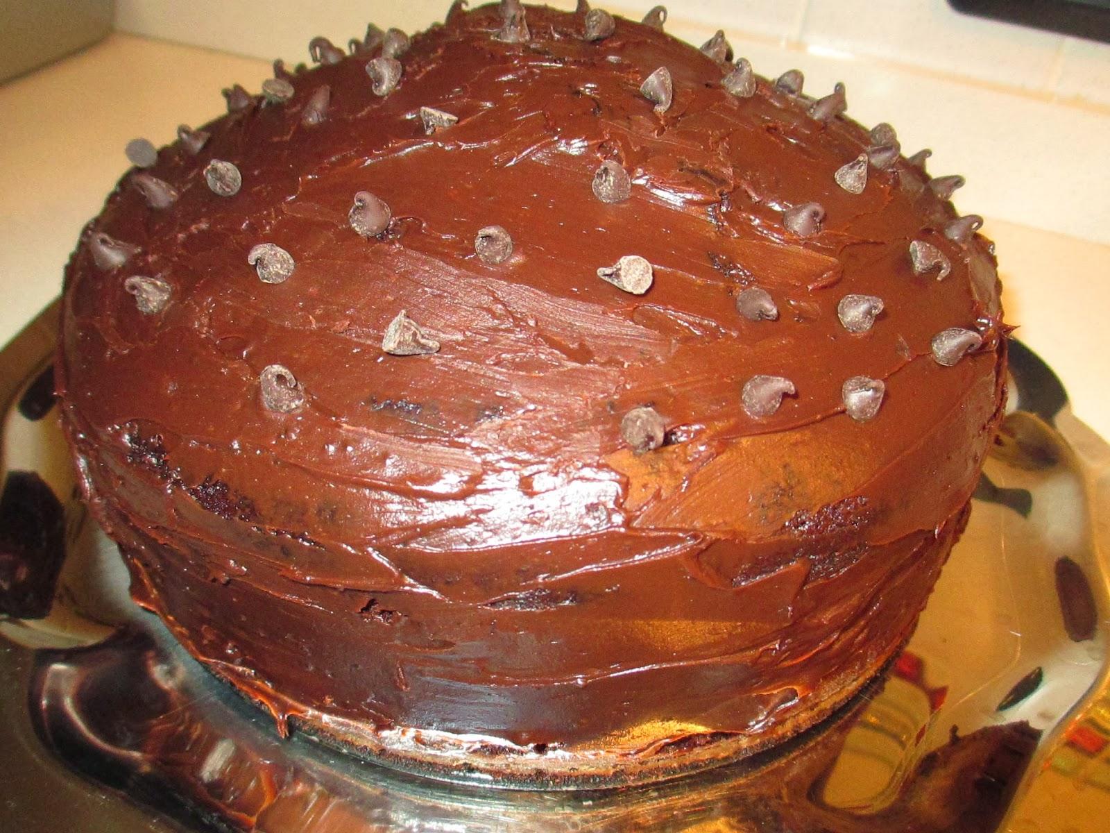 La base della torta è una dark chocolate cake la cui ricetta originale ho  ripreso da qui. Ho seguito la ricetta alla lettera per essere sicura di non  ... e33566dea98e