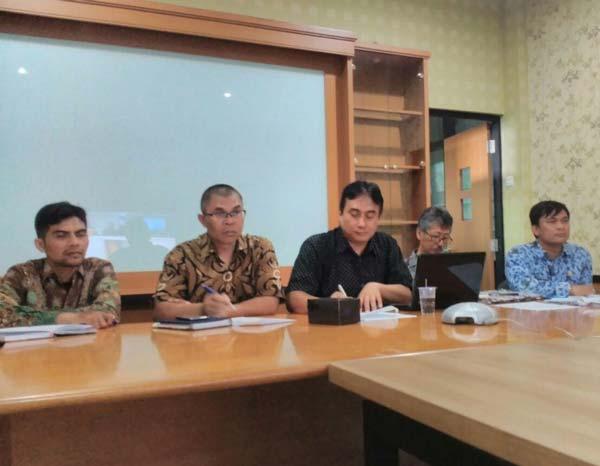 Video Conference Evaluasi dan Pembinaan Komunitas TIK