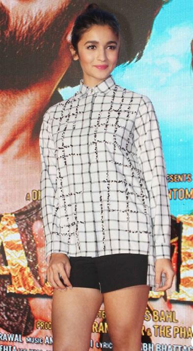 Alia Bhatt Looking Hot in Denim Shorts