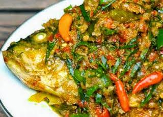Resep Cara Membuat Ikan Woku Belanga