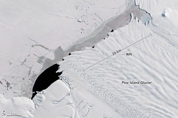 Iceberg grande 4 volte Manhattan si è staccato in Antartide