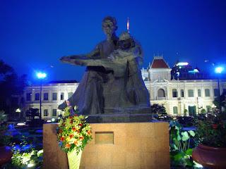 Ho Chi Ming Statua