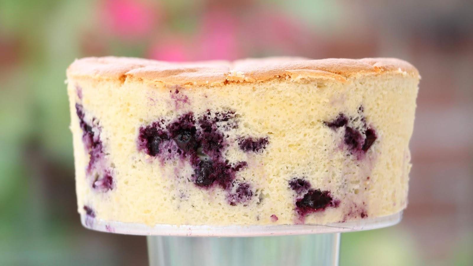 Recipe Light Fluffy Plain Cake: Josephine's Recipes : Soft, Fluffy & Light: Yogurt Cake