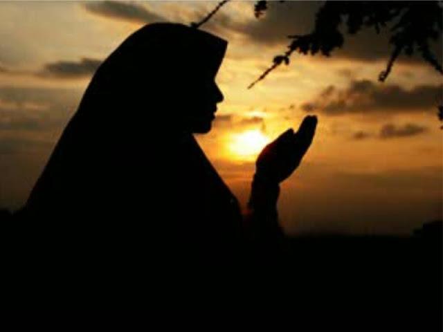 http://2.bp.blogspot.com/-rBZf15PNCMg/VZYpMXLb_VI/AAAAAAAAAWU/-8RgLvP47yE/s1600/Berdoa%2Bb.jpg