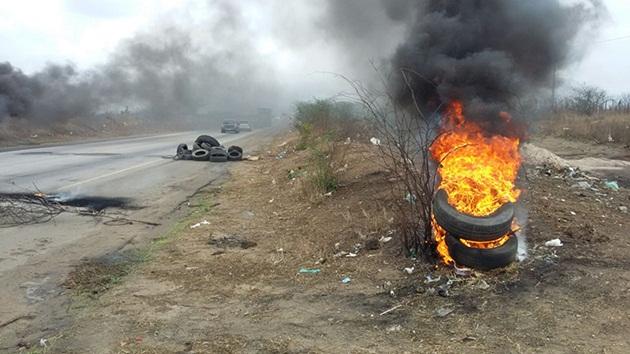 Resultado de imagem para protestos nas brs do rn