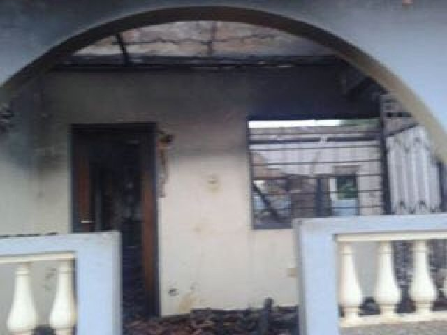 Angry youth burn house over murdered taxi driver