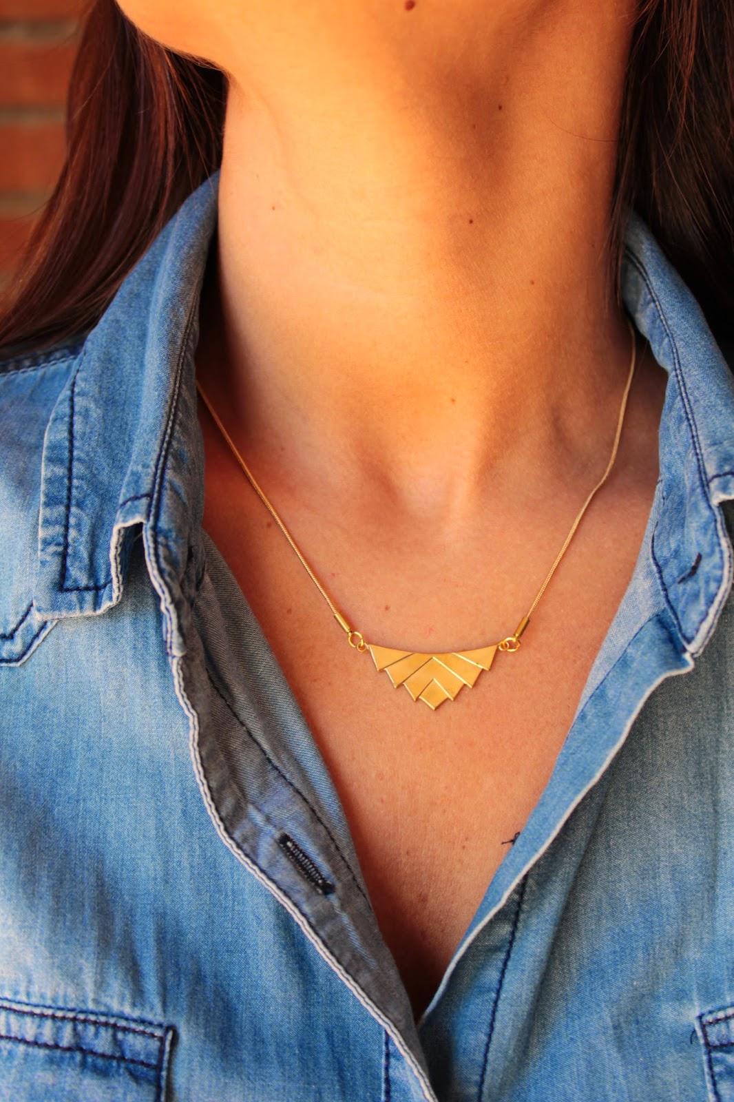 Collares chevron triángulos latón dorado happy uky