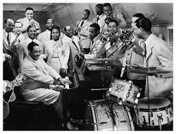 http://jazzdocu.blogspot.it/2014/11/storia-del-jazz-4-i-mille-mondi-di-duke.html