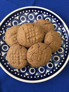 Gluten Free Peanut Butter Cookies with a Sunwarrior Flair