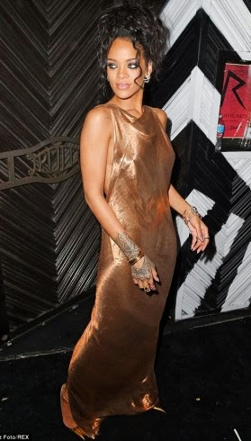 article 2621374 1D9C8AE900000578 847 634x928 PHOTOS: Rihanna Rocks a Dress Showing Her Nyash at Met Gala Afterparty