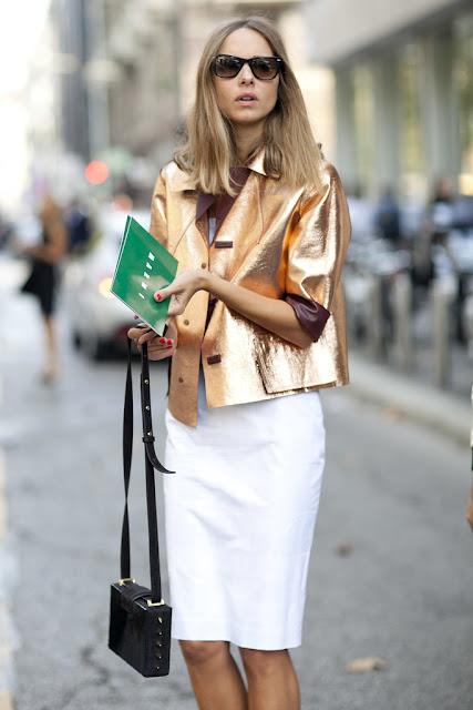 tendenza primavera estate 2017 tendenza lamè accessori lamè abiti lamè abiti metallizzati metallic street style metallic trend