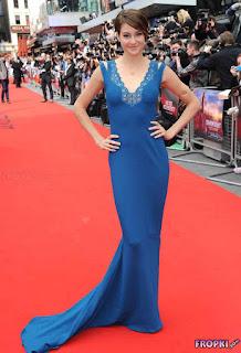 Shailene Woodley in blue long dress open back 4.jpg