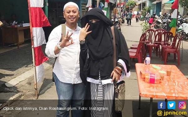 Dian Rositaningrum: Jangan Salahkan Poligami!