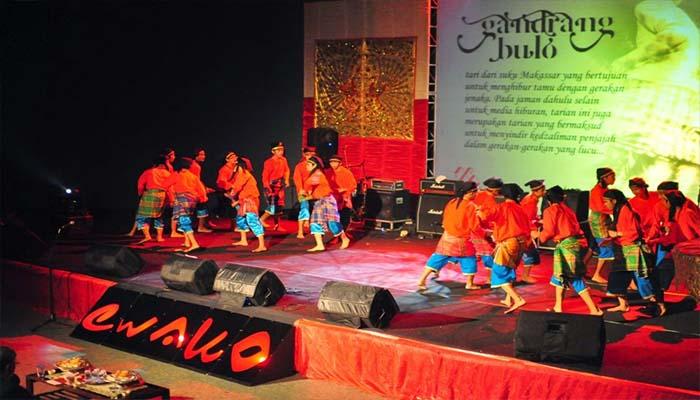 Tari Gandrang Bulo, Tarian Tradisional Dari Makassar Sulawesi Selatan