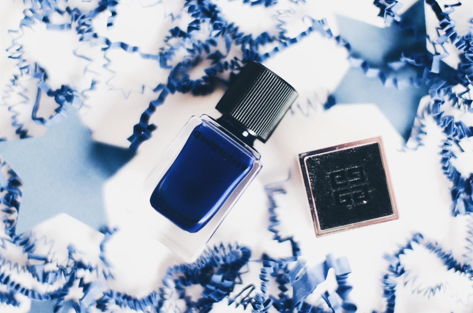 givenchy le vernis 30 heroic blue avis test swatch