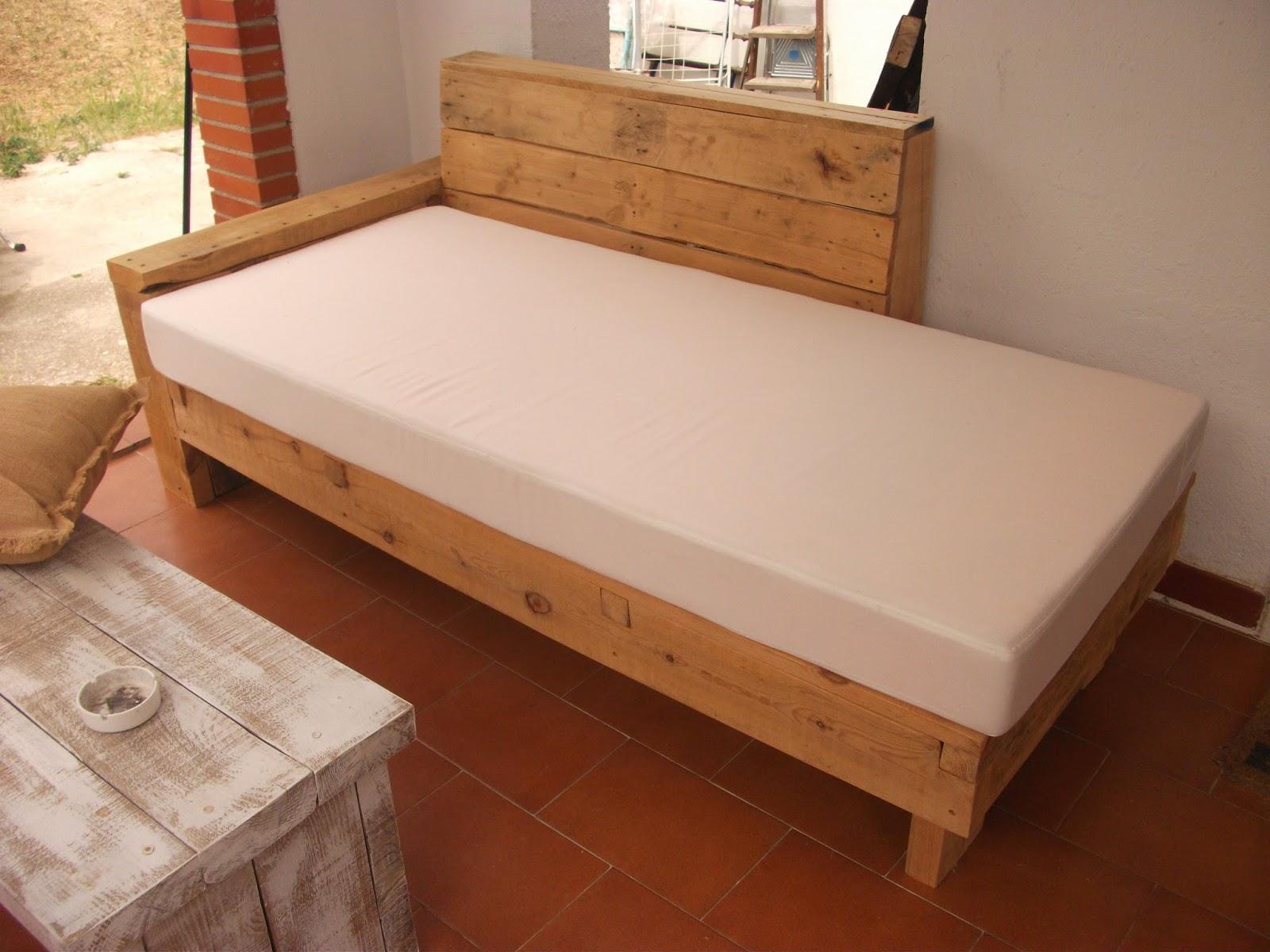 Renovarte con palets cama balinesa tatami banco balines - Base cama almacenaje ...