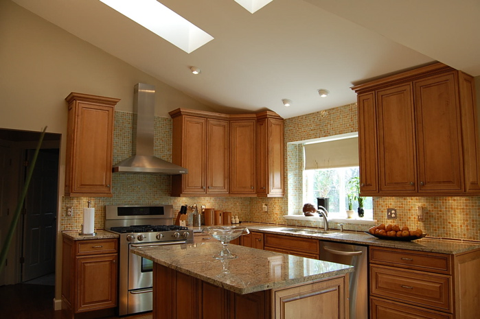 The Granite Gurus: FAQ Friday: What granite would go with ... on What Color Countertops Go With Maple Cabinets  id=60533