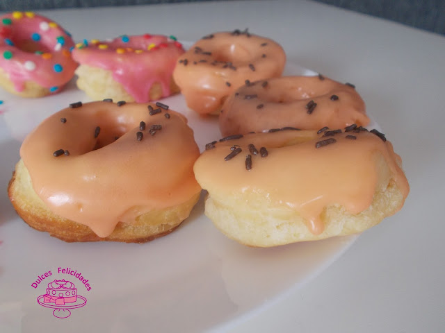 Donuts, donas o rosquillas